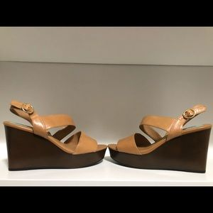 NEW Franco Sarto Low Wedges 8.5M